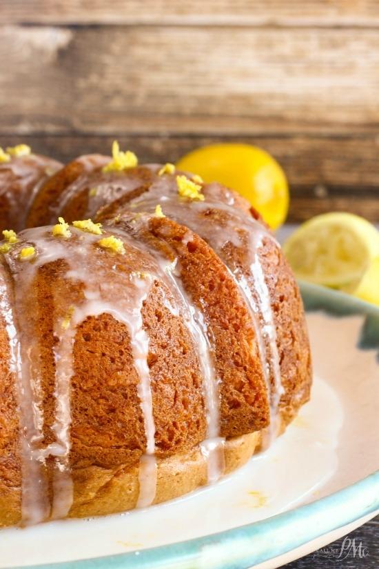 Lemon Bundt Cake With Lemon Pie Filling