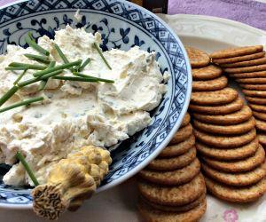Garlic Herb Cream Cheese Dip