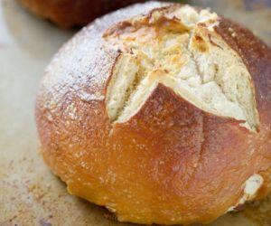 Fool Proof Homemade Pretzel Bread