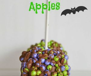 How to Make Chocolate Dipped Halloween Candy Apples