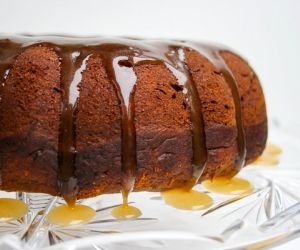 Pumpkin Molasses Bundt Cake