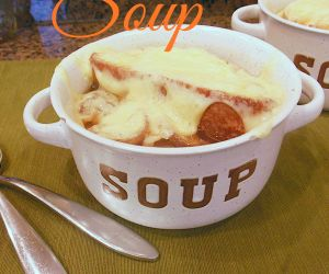 Savory Classic French Onion Soup