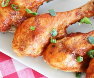 Honey BBQ Chicken Made with Truvia