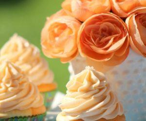 Orange Julius Cupcakes