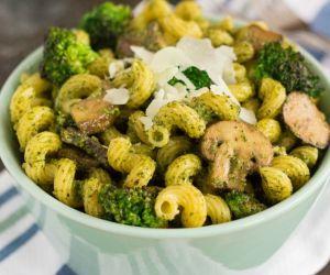 Basil Pesto Pasta with Broccoli and Mushrooms