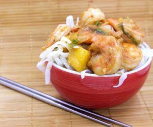 Chili Shrimp Stir-Fry with Mangoes