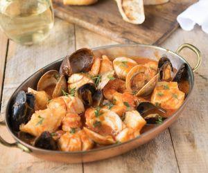 Brodetto di pesce (seafood in broth)