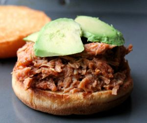 Slow Cooker Pulled Chicken (Chipotle Cherry Style)