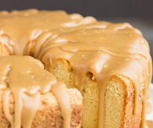 Cold Oven Brown Sugar Pound Cake