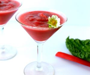 Virgin Strawberry Rhubarb Margaritas