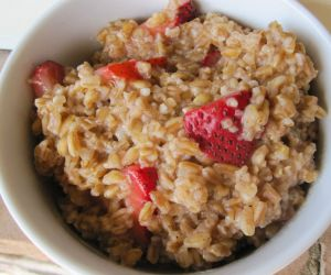 Farro Porridge with Coconut Milk and Strawberries