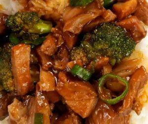 Roast Pork and Garlic Sauce