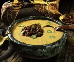 CIN CHILI CHEESEQUESO