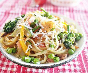 Simple and Healthy Pasta Primavera