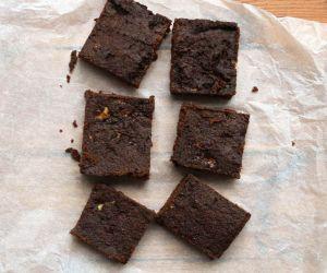 "Coconut and Banana AIP ""Chocolate"" Brownies Recipe"