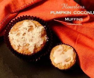 Flourless Pumpkin Coconut Muffins (Queijadinha de Abóbora com Coco)