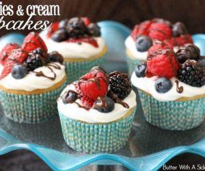 Berries and Cream Cupcakes