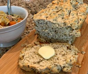 Mom's Tasty Herbed Beer Bread