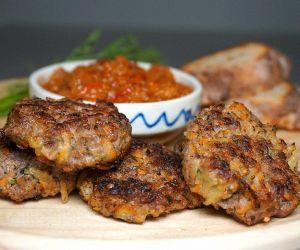 Chiftele - Romanian Meatballs