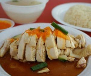 Instant Pot Hainanese Chicken and Rice - The Steamy Cooker