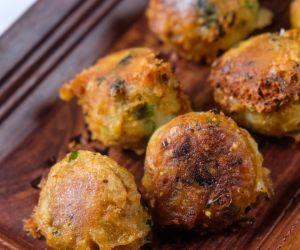 Cheesy Mashed Potato Balls Recipe|Potato Cheese Balls