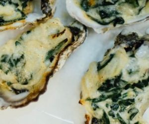 Baked Oysters and Spinach