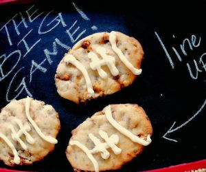 GAME DAY SNICKERS COOKIES