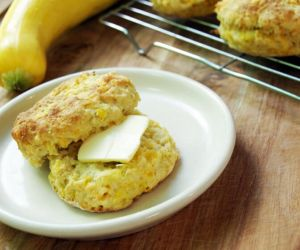 Yellow Squash Cheddar Cheese Biscuit Recipe