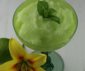 Frozen Mojito Cocktail or Mocktail