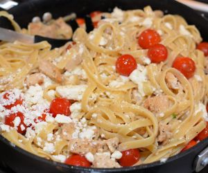 Garlic and Feta Chicken Spaghetti