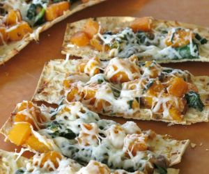 Butternut Squash Flatbread with Caramelized Onions