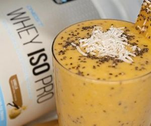 Tropical Coconut and Mango Smoothie