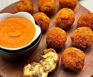 Arancini with Wagyu Beef Sweet Italian Sausage and Cheese