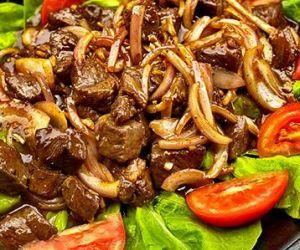 Cambodian Black Pepper Wagyu Beef (Lok Lak)