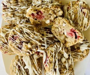 Healthy Raspberry White Chocolate Muffins - Healthy recipes
